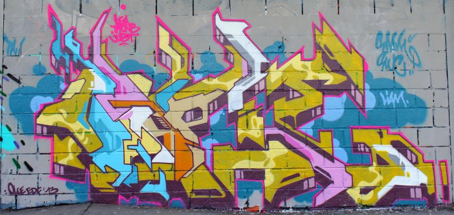 ols-edf_graffiti_2013-04-22_vitry_3_01.jpg